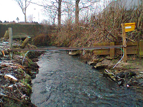 Antenna used to detect tagged debris in urban watercourse